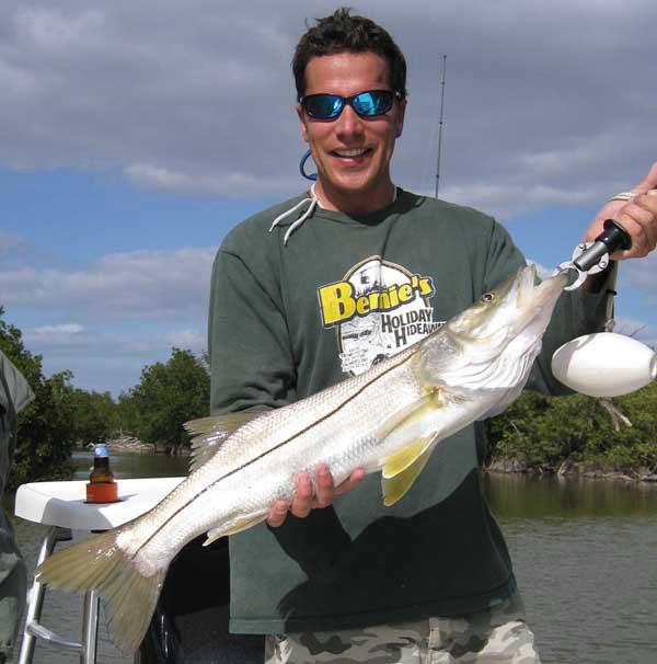 Snook fishing charter guide chokoloskee everglades city florida